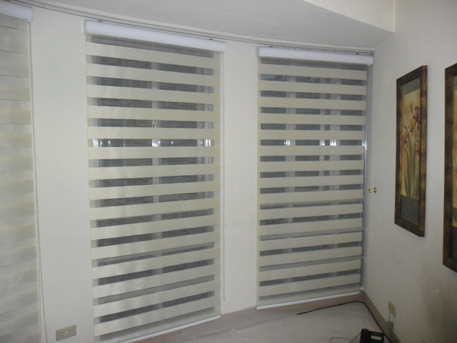 G102 Cream - Combi Blinds