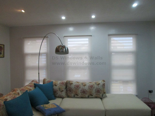Beautiful Roller Blinds for Beautiful Living Area