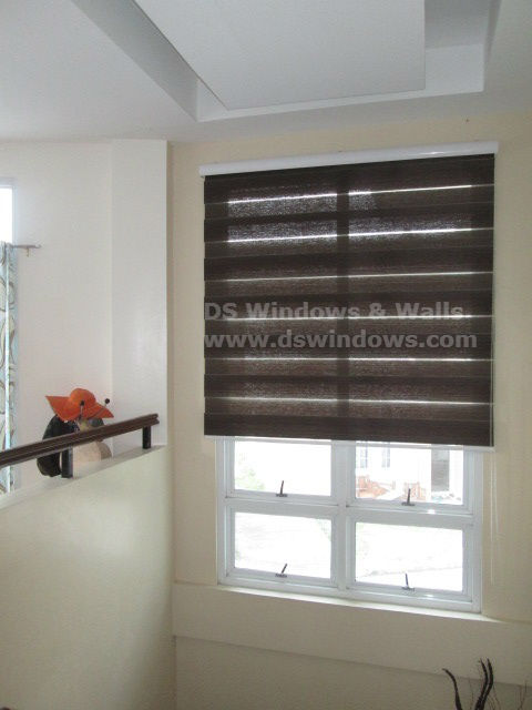 Chic and Functional Combi Blinds for Stair Window