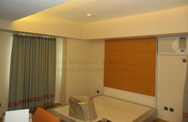Plain Design of Vinyl Wallpaper for Bedroom