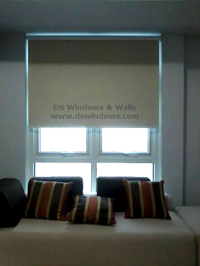 Blackout Roller Blinds for Complete Privacy