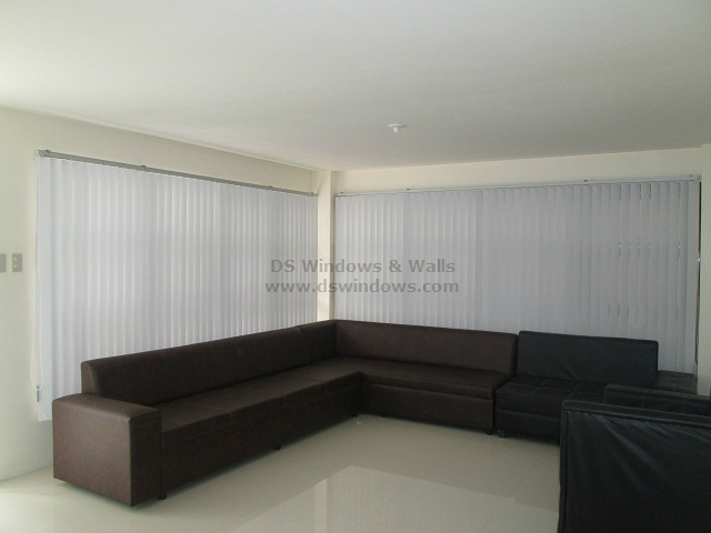 PVC Vertical Blinds for Contemporary Design Living Room