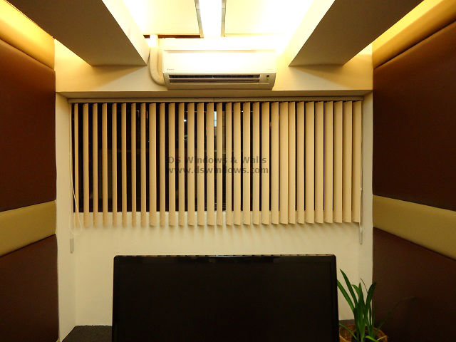 PVC Vertical Blinds For Narrow Conference Room Makati