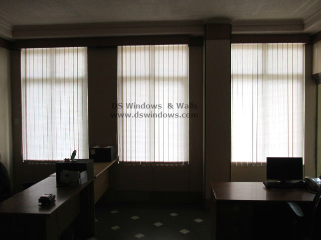 Fabric Vertical Blinds For Delightful Office Work Place - Pasig City