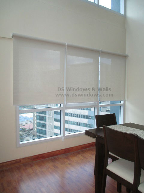 Roller Blinds 1% Openness Factor