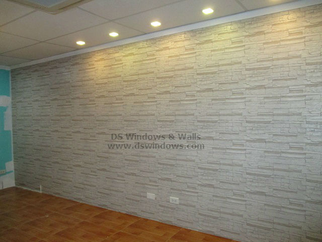 Brick Style Wallpaper With Laminated Wood Flooring To Promote
