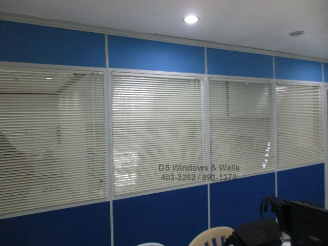 Intra-Office Partition Mini Blinds Privacy