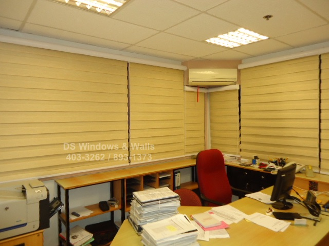 Combi window blinds for your workplace